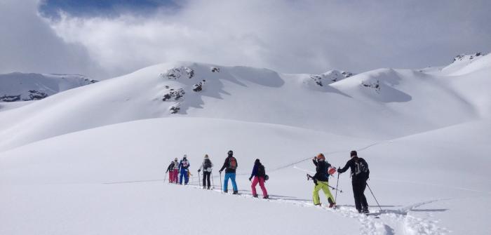 Für Skitouren-Einsteiger ist es empfehelnswert, einen Guide zu nehmen | Foto: ROCK'nd SNOW Berg- und Skischule