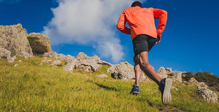 Das Laufen im Gelände erfordert ein besonderer Schuhwerk. Nicht jeder Laufschuh ist dafür geeignet. (Foto: Saucony)