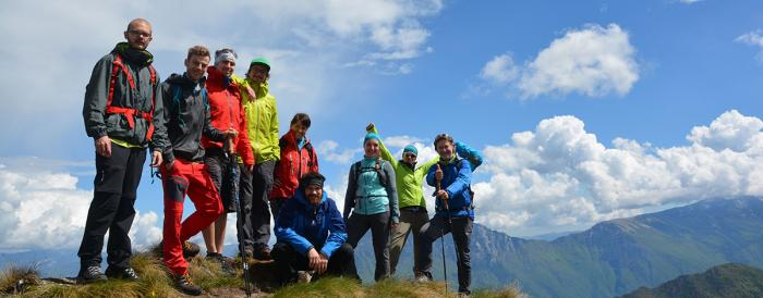OUTSIDEstories on the road: Die Redaktion und einige unserer ProduktScouts im Mai 2017 am Ledrosee (Trentino) | Foto: OUTSIDEstories